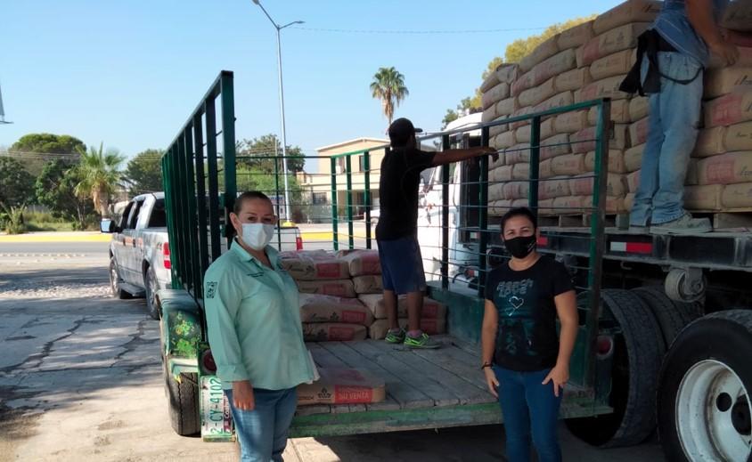 El Ayuntamiento de San Buenaventura benefició a 10 familias para mejoramiento de sus viviendas.