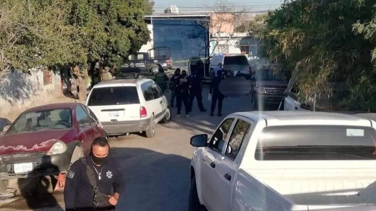 Asesinan a joven y lo abandonan frente a taller en La Laguna: le balacearon la cabeza