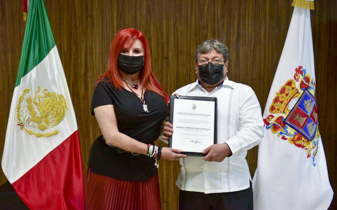 Premia Morena a colaborador que llamo 'imbécil' y 'una gran imbécil' a AMLO y a su mujer