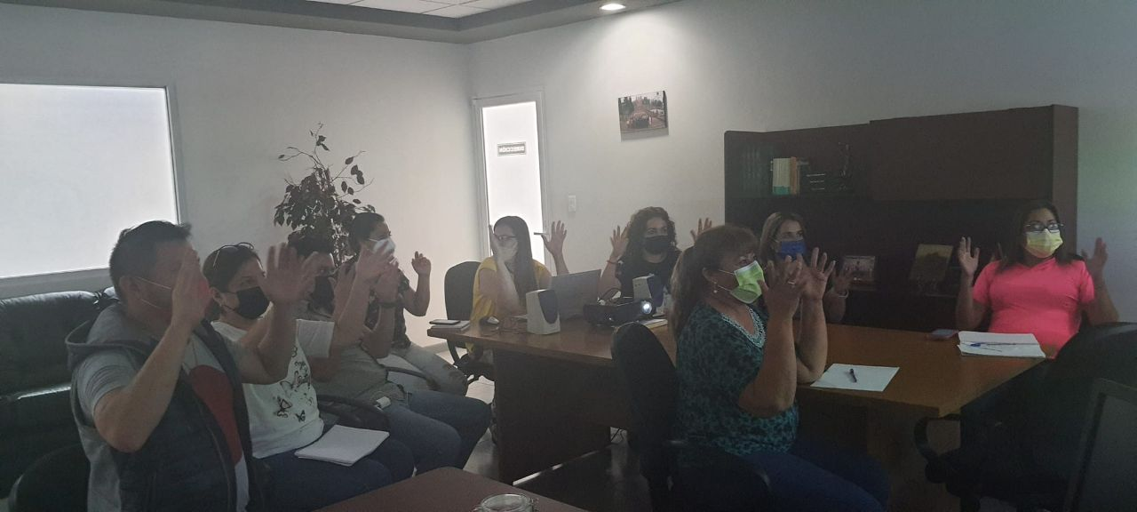 Registro civil de Coahuila recibe curso de lengua de señas mexicanas