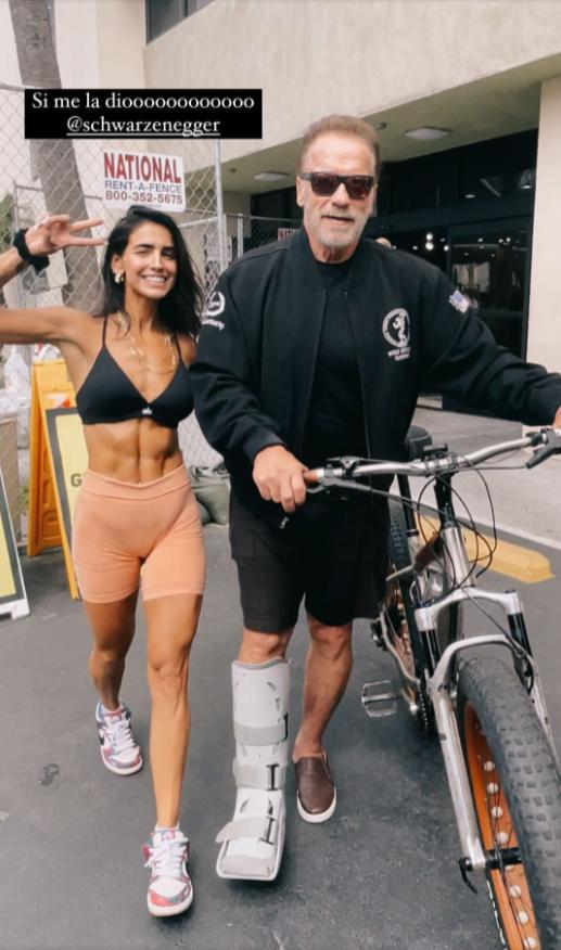 ¡La dejó esperando!: Bárbara de Regil consiguió una foto con Arnold Schwarzenegger tras esperar casi media hora