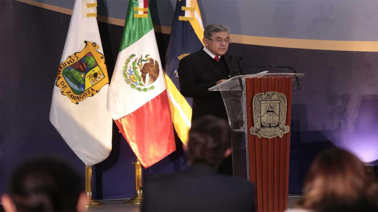 Deserción escolar en la UAdeC, problema que busca resolver Salvador Hernández