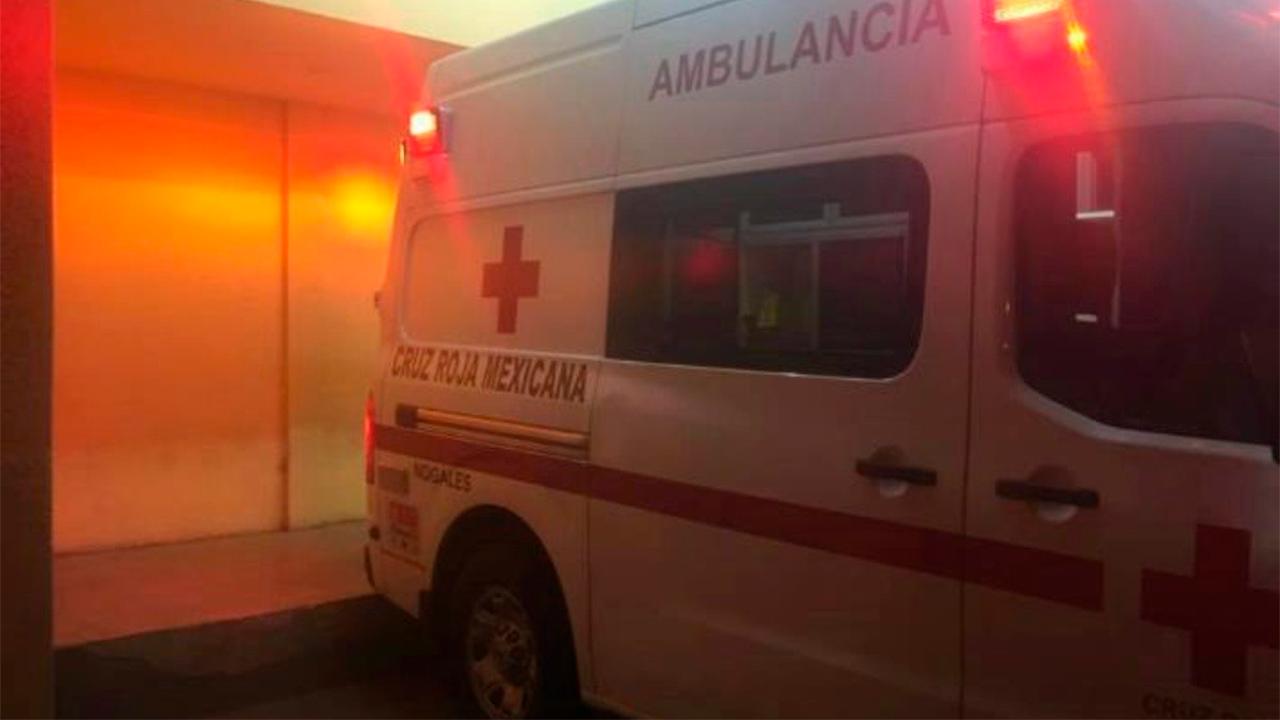 Flor atacó a Andrés a tubazos en Frontera; lo encontró durmiendo fuera de su casa