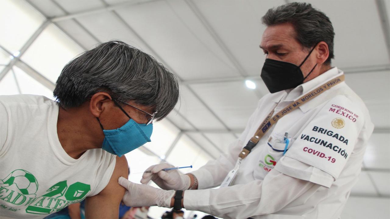Más de 24 mil adultos se pretenden vacunar en la jornada 30 a 39 años