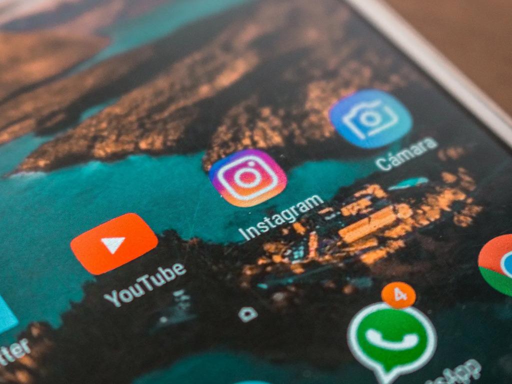 México perdió cerca de 265 millones de pesos tras apagón de 6 horas de Facebook, WhatsApp e Instagram