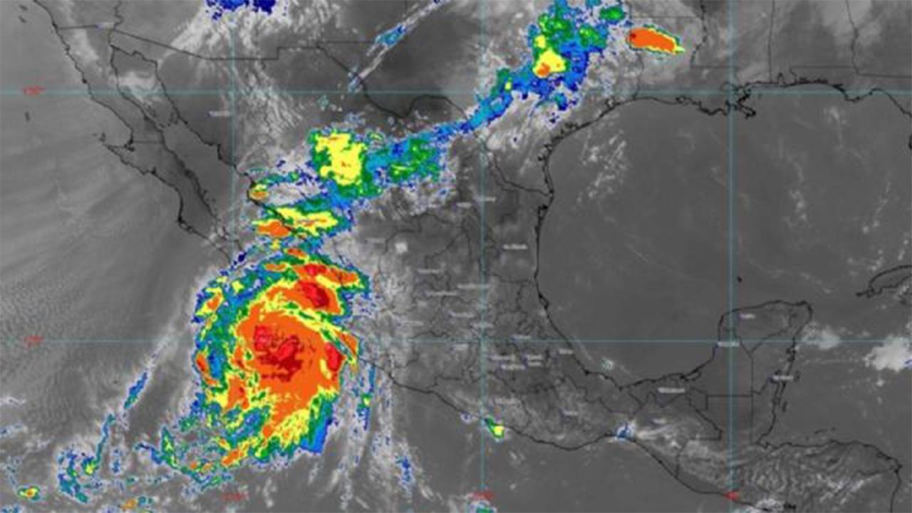 Suspenden clases en Sinaloa por huracán 'Pamela'