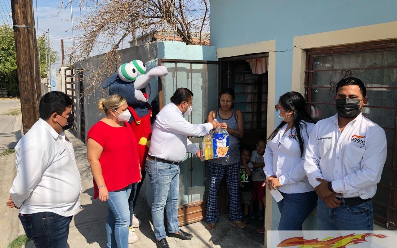 Sigue apoyando la CROC a la gente de Frontera; Doña Domitila recibió beneficio alimentario