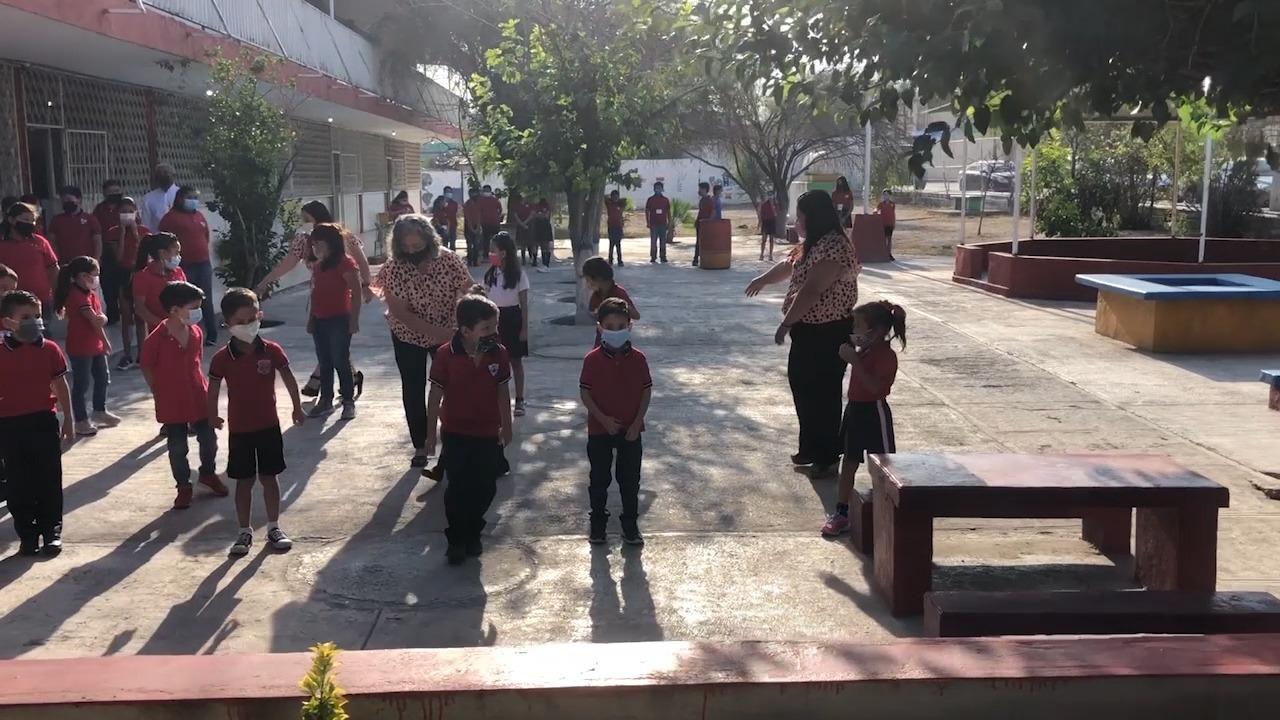 Revisa sector educativo de la Región Centro de Coahuila que alumnos de educación básica no caigan en relajamientos en horas de recreo