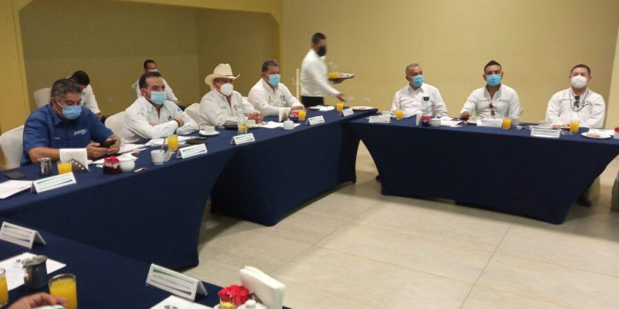 Ingresos arriba de lo presupuestado presenta gerencia del SIMAS Monclova-Frontera en reunión de consejo