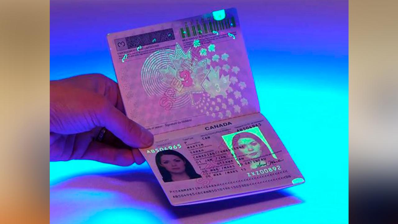Anuncia México nuevo pasaporte; contiene chip con datos biométricos,