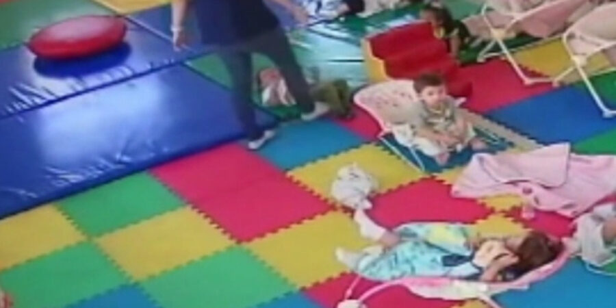 Otrooo video de mal trato a niños en Guardería Maternal KidZone de Monclova