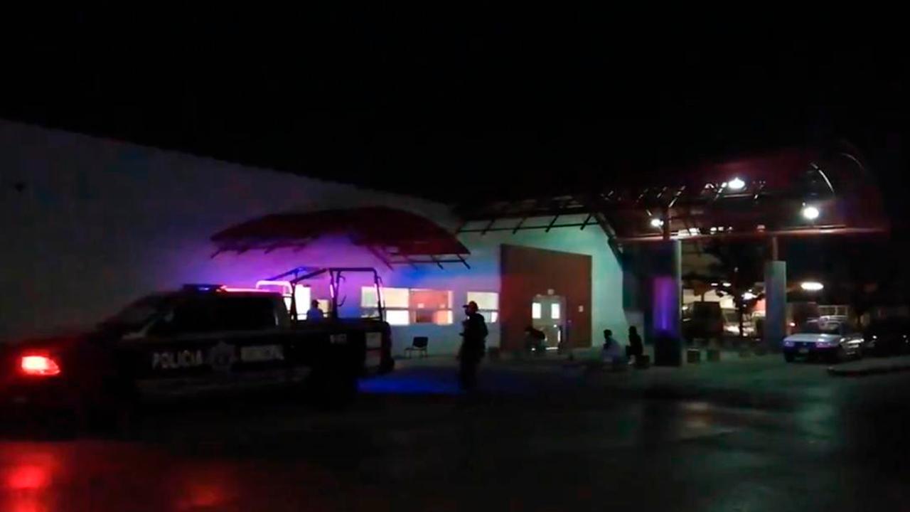 Hasta el hacha sacaron: familia y taxista golpearon a enfermeros en la Cruz Roja de Saltillo