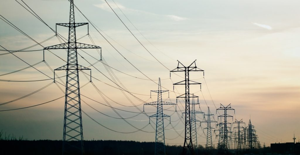 Envían iniciativa de reforma eléctrica a diputados