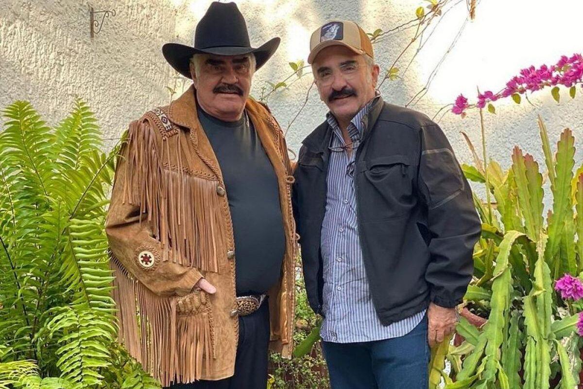 ¿Desconectarán a Vicente Fernadez?: Vicente Jr aclara decisión de doña Cuquita